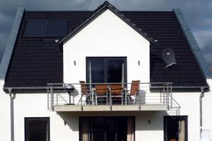Villa Hügel Außenansicht der Ferienwohnung in Göhren-Lebbin